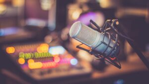 a mic can help with recording and filming remote interview videos
